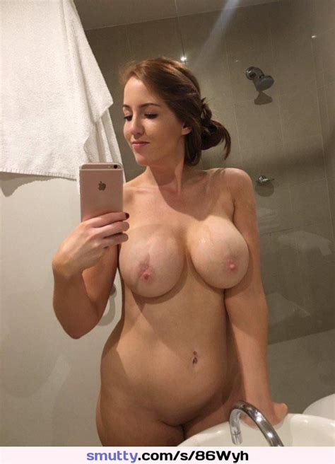 brunette  nude  busty  bigtits  erectnipples  chubby  shavedpussy  amateur  mirrorselfie