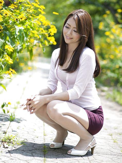 Amateur Asians Sexy Asian Milf 1
