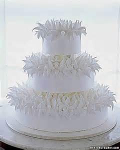 martha stewart wedding meringue cakes chrysanthemum cake recipe martha stewart weddings