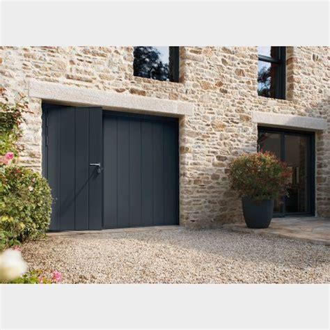 porte de garage basculante avec portillon int 233 gr 233 batiman experts en menuiseries et cuisines