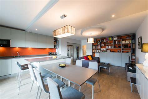 plan de travail cuisine inox sur mesure projet cuisine salon éaire avec grand îlot central