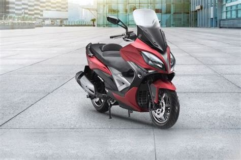 Review Kymco K Xct 200i by Kymco Xciting 400i 2019 Price Promo October Spec Reviews
