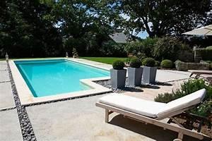 comment amenager autour de votre piscine mon coach With superb amenagement tour de piscine 11 des plantes autour de votre piscine