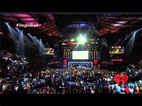 Jingle Square Garden paramore still into you iheartradio s jingle live