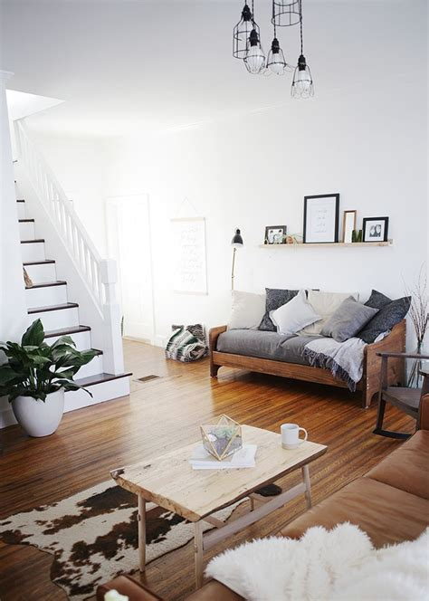 Living Room With Futon by Living Room Makeover Merry Home Home Decor House