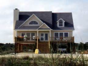 bungalow house plans with front porch house plans on pilings house plans with