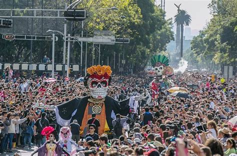 Mexico City Day of the Dead parade attracts crowds—and ...