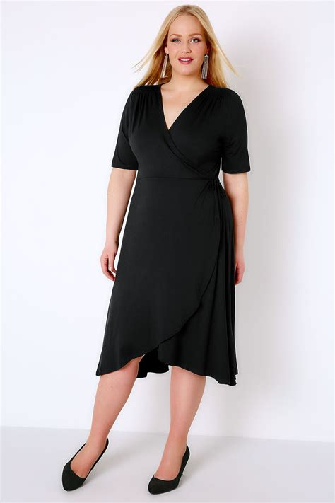 Black Wrap Dress With Short Sleeves Plus size 16 to 32