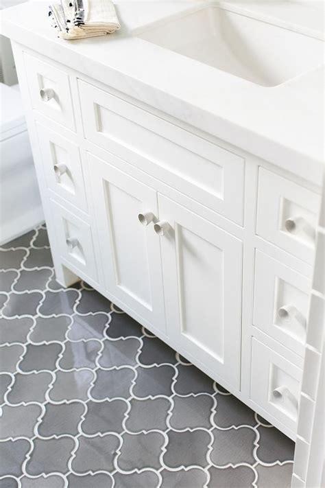 Bathroom Floor Tile Ideas by 25 Best Ideas About Bathroom Floor Tiles On