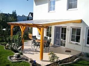 überdachte Terrasse Holz : die besten 17 ideen zu terrassendach holz auf pinterest terrassenmarkisen terrasse und ~ Whattoseeinmadrid.com Haus und Dekorationen