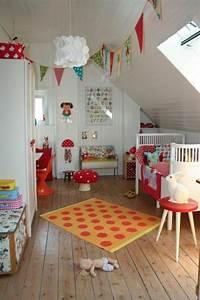 Kinderbett Unter Dachschräge : kinderzimmer dachschr ge ideen ~ Michelbontemps.com Haus und Dekorationen