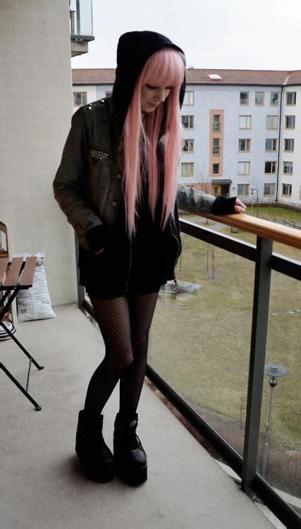 emo fashion girls outfits beautiful photoshoot fav