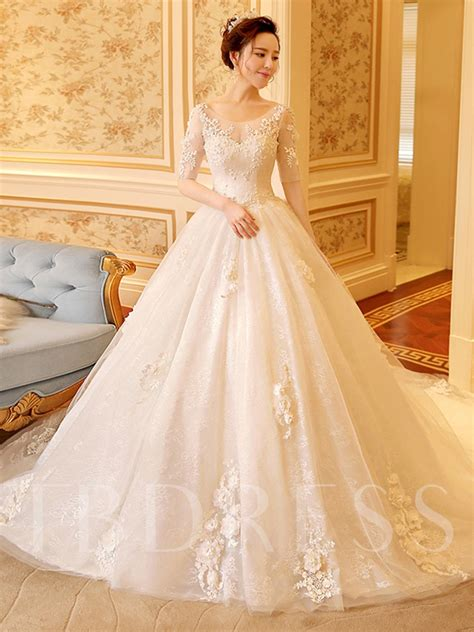 scoop neck  sleeve appliques lace ball gown wedding