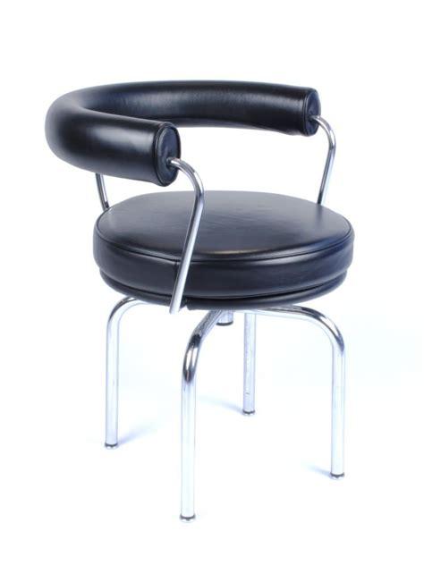 galerie alexandre guillemain artefact design le corbusier fauteuil pivotant mod 232 le lc7