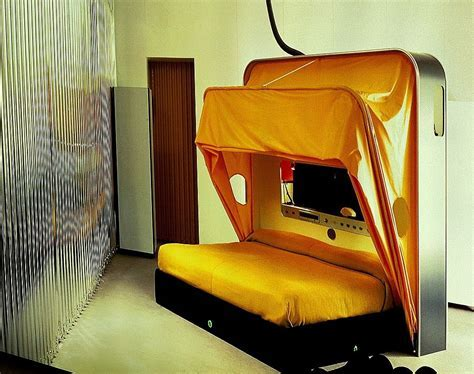 The Cabriolet Bed   designed in 1969 by Joe Colombo   Joe