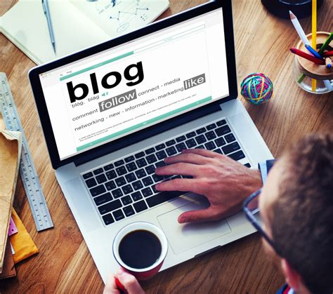 Should You Outsource Your Business Blog Writing