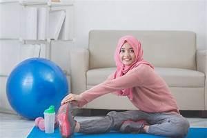 3 tips memilih pakaian olahraga untuk wanita berhijab