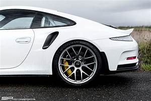 Shaved Porsche 911 GT3 RS With BBS Wheels Has A Roll Cage