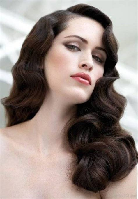 Curly Retro Hairstyles by Vintage Curly Hairstyles That Are Really Timeless Fave