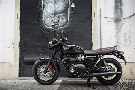 Triumph Bonneville T120 Modification by Review Triumph Bonneville T120 And Thruxton R Triumph