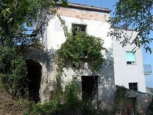 Immobilien In Italien Von Privat : haus kaufen in abruzzen italien ~ Frokenaadalensverden.com Haus und Dekorationen