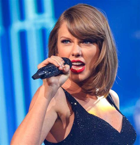 Taylor Swift, biografia
