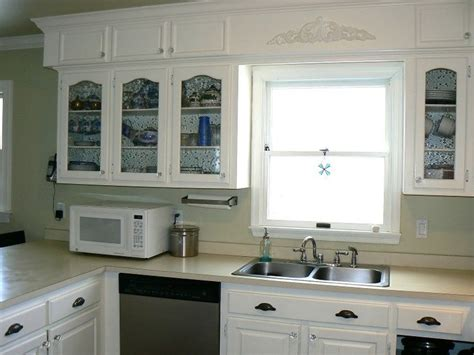 Decorating Ideas For Kitchen Soffits by 25 Best Ideas About Kitchen Soffit On Soffit