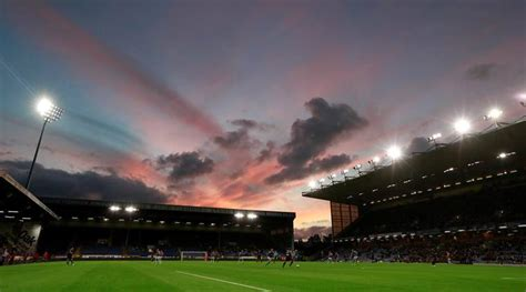 Burnley sign goalkeeper Adam Legzdins from Birmingham City ...