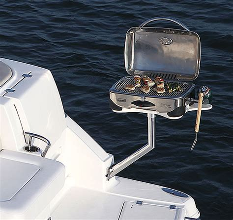 Boat Cockpit Grill by 2017 Chaparral Boats 310 Builder