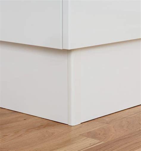 plinthe meuble cuisine plinthe sous meuble cuisine nouveaux modèles de maison