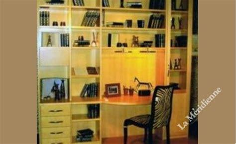 petit bureau angle meuble bibliothèque modulaire avec bureau intégré la