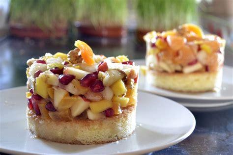 cuisiner la mangue salade de fruits sur une génoise par kaderick