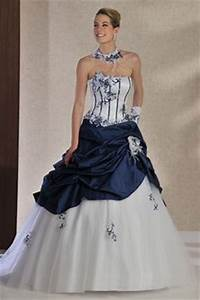 1000 images about mariage bleue fleurs on pinterest With robe pour mariage cette combinaison bague en argent