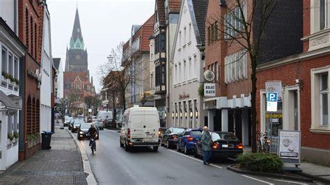 stadt diskutiert mit buergern ueber bessere mobilitaet stadt