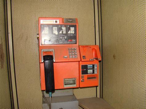 cabina sip cabina telefonica sip gli oggetti degli anni 90 non