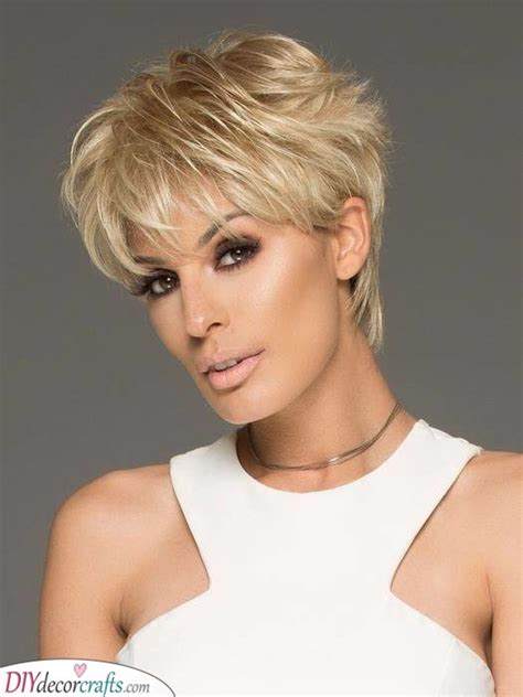 10 fashionable afro hairstyles for women. Short Hairstyles for Women Over 50 - 25 Short Haircuts for ...