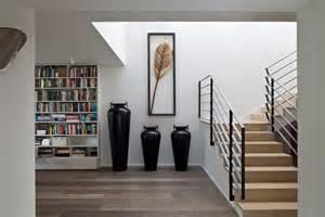 escalier interieur de villa maison de ville sympa totalement r 233 nov 233 e au cœur de tel aviv vivons maison