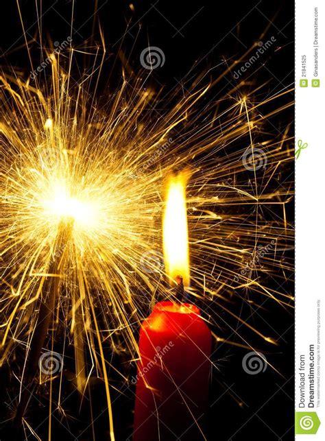 temperature d une flamme de bougie flamme d une bougie avec un sparkler photo libre de droits image 21841525