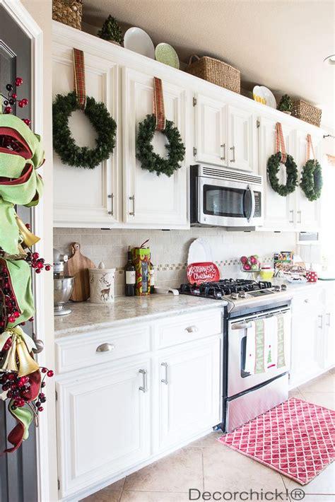 26+ Charming Kitchen Counter Xmas Decor