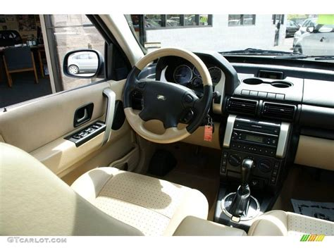land rover freelander interior land rover freelander 2004 interior wallpaper 1024x768