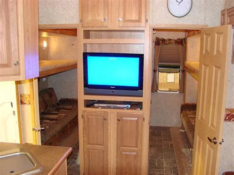 5th Wheel Cers With Bunk Beds by Outback 26 Rs