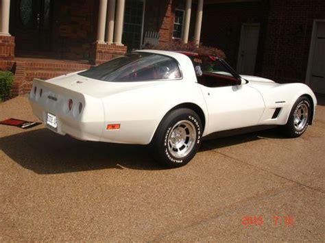 purchase   corvette    tops white red