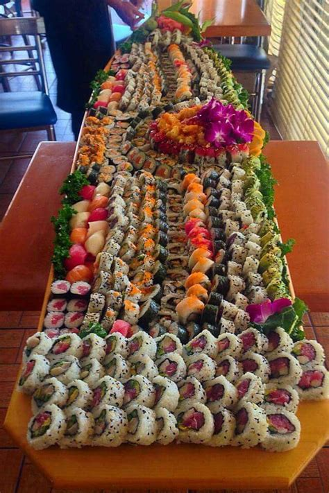 Boat Sushi by Best 25 Sushi Boat Ideas On Food Trays
