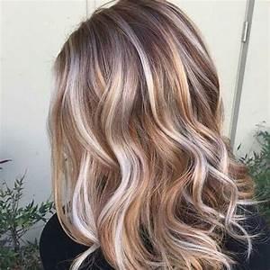 Dunkelblonde Haare Mit Blonden Strähnen : 26 braun haar mit karamell und blond str hnen haare co ~ Frokenaadalensverden.com Haus und Dekorationen