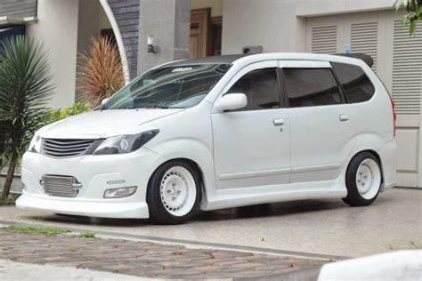 Modifikasi Toyota Avanza by Foto Modifikasi Mobil Toyota Avanza Terbaik Keren Banget