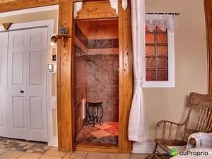 Panneau Salle De Bain Maison A Vendre : maison vendre alma 3685 rue des vingt deux immobilier ~ Melissatoandfro.com Idées de Décoration