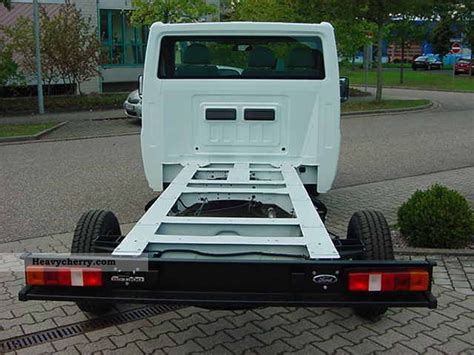 ford transit  chassis truck photo  specs