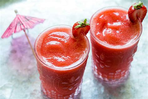 frozen daiquiri recipe frozen strawberry daiquiri recipe simplyrecipes com daily news gazette