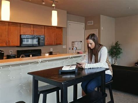 iupui students  campus housing means resort