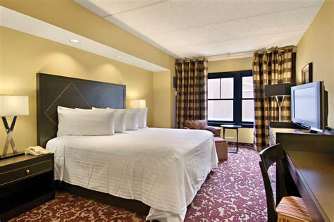 Hotel Room In Robinsonville, Ms  Sam's Town Hotel Tunica. Room Darkening Shade. Decorative Vinyl Floor Tiles. Home Decorators Code. Home Decorators Tufted Sofa. Target Living Room Rugs. Tin Wall Decor. Paint Colors For A Living Room. Cheap Room Furniture